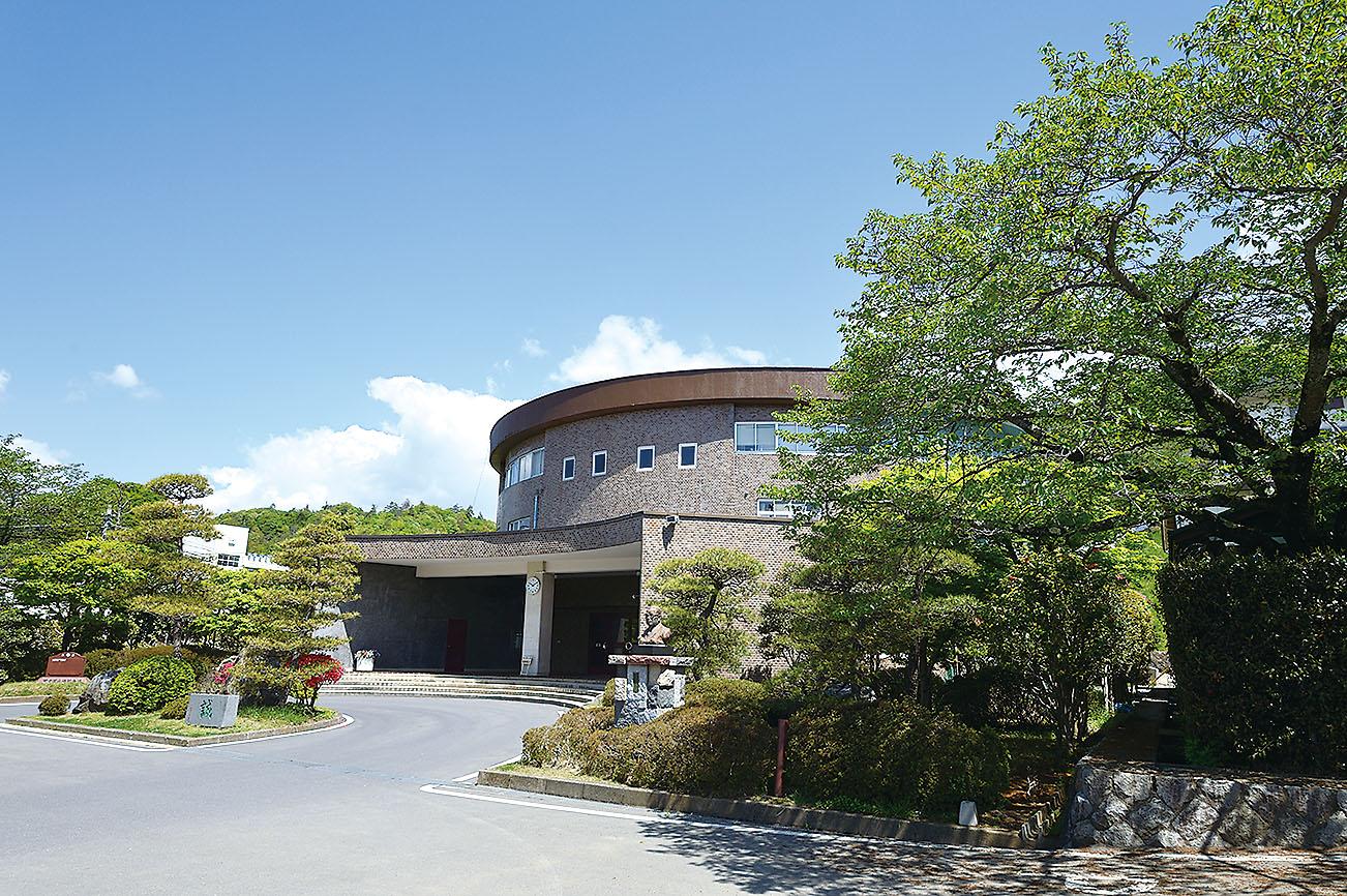 日本大学明誠高等学校の教育施設